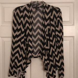 About a girl LA chevron cardigan SZ L